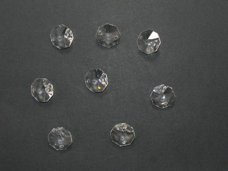 Κρεμαστό κρύσταλλο με δύο τρύπες οκταγωνικό 14Χ14Χ7 mm τρύπα 1,5 mm -4 τεμάχια