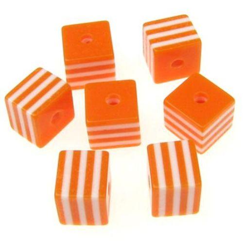 Кубче 8x8 мм дупка 1.5 мм оранжево с бели линии -50 броя