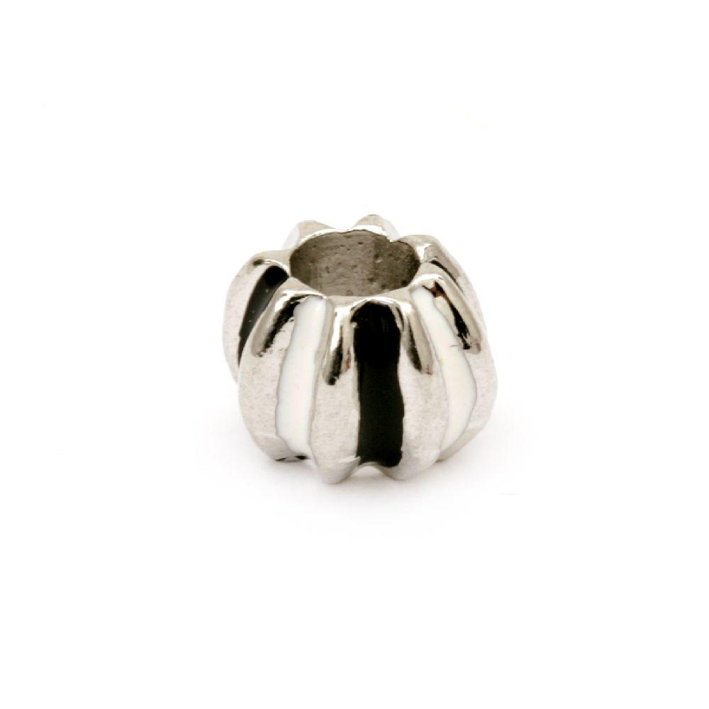 Мънисто АРТ метал с боя бяла и черна 10x8 мм дупка 5 мм