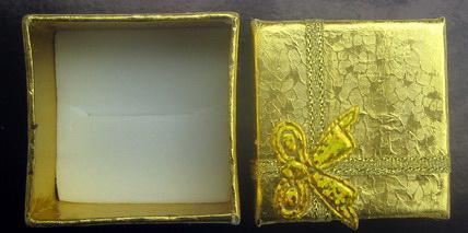 Cutie pentru  bijuterii auriu 40x40 mm