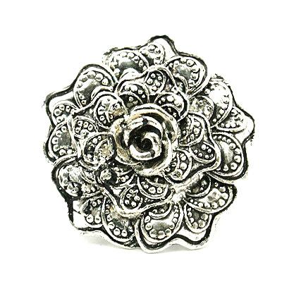 Inel metalic de 17 mm floare