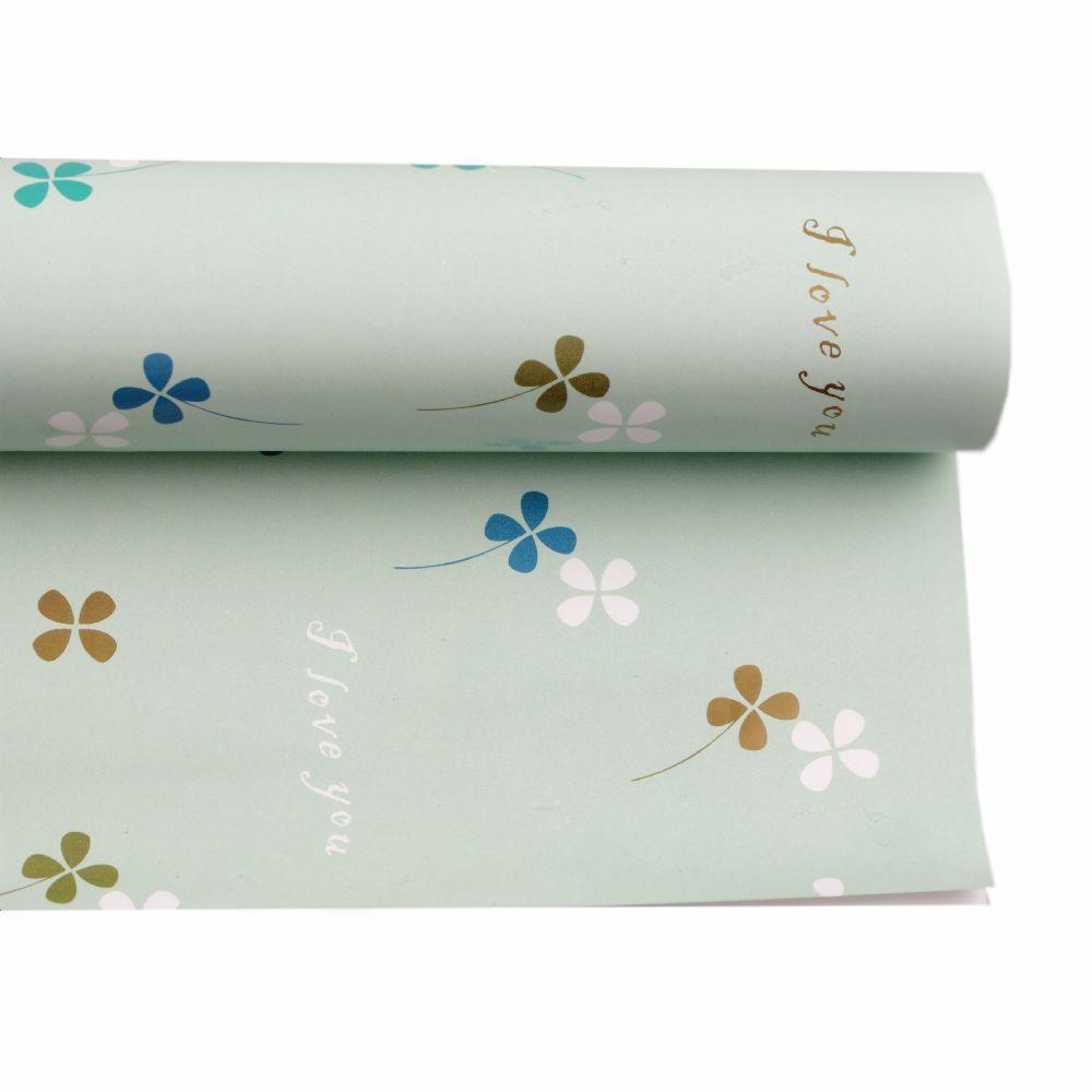 Хартия опаковъчна 510x770 мм зелена бледа с детелини