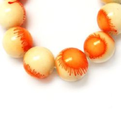 Naziz margele sticlă bila 8 mm cu spray bicolor alb-portocaliu ~ 80 cm ~ 105 bucăți
