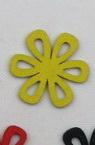 Pandantiv din lemn forma floare 23x2 mm MIX -10 bucăți