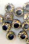 Margele forma trandafir metalic cu bordură neagra 8,5x9 mm gaura 2 mm culoare argintiu -50 grame ~ 140 buc