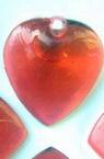 Pandativ forma inima de cristal  23 mm roșu -50 grame -26 buc