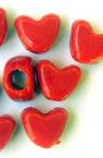 Perlă inimă solidă 9x11x6,5 mm gaură 3,5 mm roșu -50 grame ~ 130 bucăți