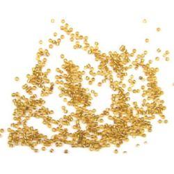 Мъниста стъклена 2 мм сребърна нишка златна-50 грама