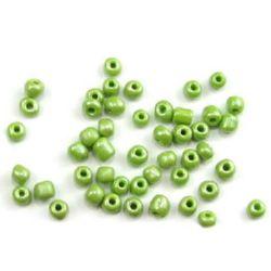 Margele de sticlă verde perlat de 4 mm grosime -50 grame