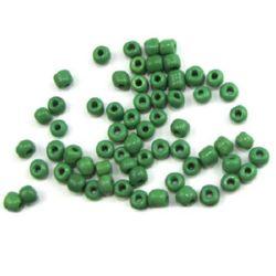 Мъниста стъклена 4 мм плътна тъмно зелена -50 грама