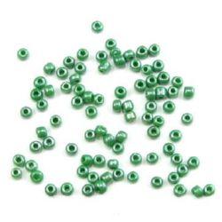 Мъниста стъклена 3 мм плътна перлена тъмно зелена -50 грама