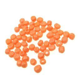 Мъниста стъклена 4 мм плътна оранжева бледа -50 грама