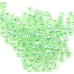 Мъниста стъклена 2 мм цейлон зелена -50 грама