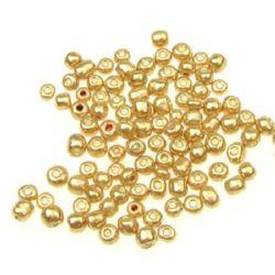 Мъниста стъклена 4 мм боядисана злато 2 -50 грама