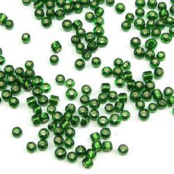 Мъниста стъклена 3 мм сребърна нишка зелена 3 -50 грама