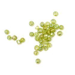 Мъниста стъклена 3 мм прозрачна дъга зелена 1 -50 грама