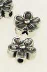 Margele floare metalică floare   7x3,5 mm gaură 1 mm culoare argintiu -20 bucăți