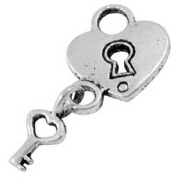 Pandantiv metalic cu inimă cu cheie 15x12,5x2 mm orificiu 5,5 mm culoare argintiu -10 bucăți