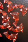 Мънисто делфин 13x8x4 мм дупка 1 мм червено с бяло -50 грама ±290 броя