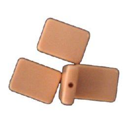 Χάντρα πλακέ ορθογώνιο 24x18 mm κρεμ -20 γραμμάρια