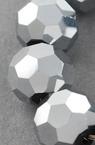 Наниз мъниста кристал многостен 8x7 мм дупка 1 мм галванизиран с покритие цвят сребро ~72 броя