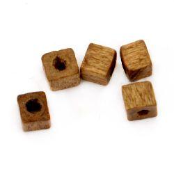 Куб дърво 3x3 мм дупка 1 мм кафяв -20 грама ~800 броя