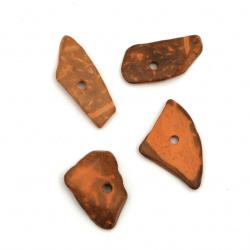 Мънисто кокос 14~21x9~15x2~5.5 мм дупка 1.5 мм цвят Перу - 20 грама