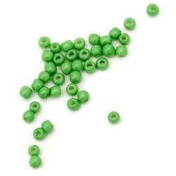 Мъниста стъклена тип чешка 2 мм плътна тревисто зелена-15 грама ~ 2050 броя