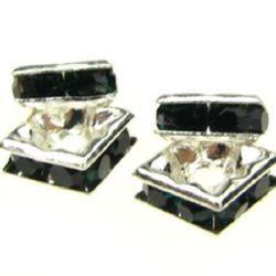 Квадрат метал с зелени тъмни кристали 6x6x2.5 мм дупка 1 мм (качество А) цвят бял -5 броя