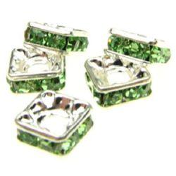 Квадрат метал с зелени кристали 7x7x3 мм дупка 2 мм (качество А) цвят бял -5 броя