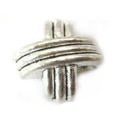 Margele metalica  15x15x9 mm gaură 4 mm culoare argintiu vechi -4 bucăți
