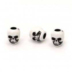 Мънисто двуцветно череп 10x9x10 мм дупка 4 мм цвят бял и черен -50 грама ~100 броя