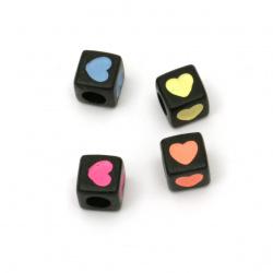 Мънисто двуцветно куб със сърце 7x7 мм дупка 4 мм цвят черен -20 грама ~75 броя
