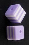 Мънисто резин куб 8x8x7 мм дупка 2 мм лилаво с бяло райе -50 броя