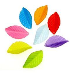 Margele frunza transparentă 35x18x3 mm gaură 2 mm mat MIX -50 grame ~ 44 bucăți