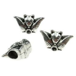 Margele metalica 18x11x8,5 mm gaură 5 mm culoare argintiu -2 bucăți