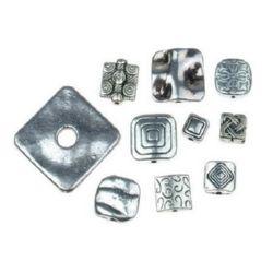 Мънисто метал квадрат АСОРТЕ 10~22x10~22x2~7 мм дупка 1~5.5 мм цвят старо сребро -20 грама