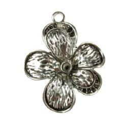 Висулка метална цвете 52x40.5x6.5 мм дупка 3.8 мм цвят старо сребро