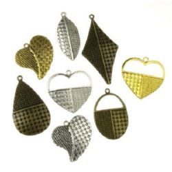 Various of shapes and sizes metal textured pendants 26~44x20~26x2~2.5 mm hole 1.5~2 mm assorted colors - 5 pieces
