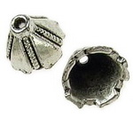 Мънисто метал шапка 9x7x3 мм дупка 2 мм цвят сребро -10 броя