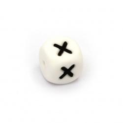 Мънисто силикон кубче 12x12 мм дупка 2.5 мм цвят бял буква Х