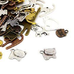 Висулка метална котка АСОРТЕ 13~52x9~35x1.5~2.5 мм дупка 1.5~3 мм цвят АСОРТЕ -20 грама
