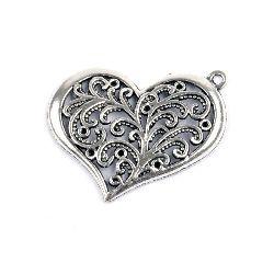 Висулка метална сърце 28x36x3 мм дупка 2 мм цвят старо сребро -2 броя
