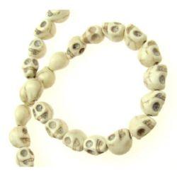 Perle de coarde semiprețioase piatră HWOLIT craniu alb sintetic 8x10x9 mm ~ 42 bucăți