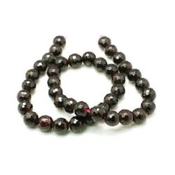 Faceted beads made of semi-precious stone Garnet 10 mm ~ 38 pieces