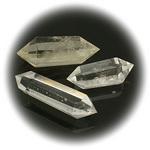 Естествен камък ПЛАНИНСКИ КРИСТАЛ хексагон с 2 върха 51~67x19~27x16~18 мм без дупка