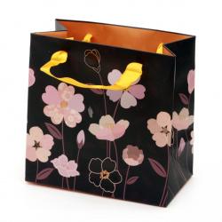 Gift bag Flowers 125x125x70 mm