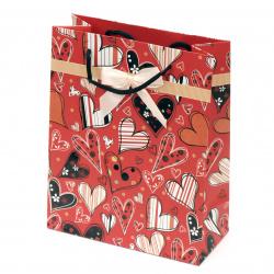 Торбичка подаръчна от картон 196x245x88 мм сърца