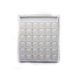 Trepied pentru cercei din piele de căprioară 36 compartimente 180x270x130 mm alb