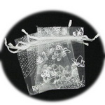Organza Gift Bags 90x70 mm white with silver